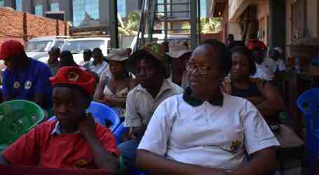 """100 days of snubbing Zimbabwean workers,"" says union federation"