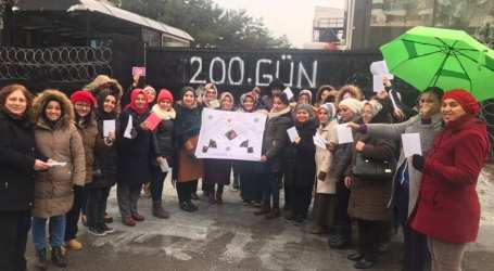 Yves Rocher workers stand strong after 200 days of resistance