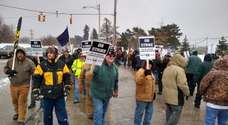US locomotive workers strike to defend CBA after merger