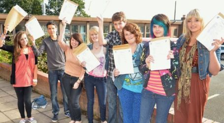 GCSE results put stress on students and undermine their learning opportunities