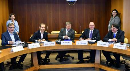 Umicore and IndustriALL renew Global Framework Agreement