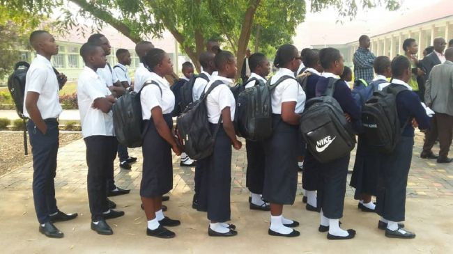 DRC: EI and its affiliates campaign for free public education : Education International