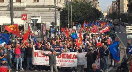 Italian metalworkers strike for sustainable industry
