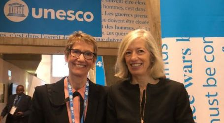 Teachers and UNESCO team up to define professionalism for teaching and learning across the world