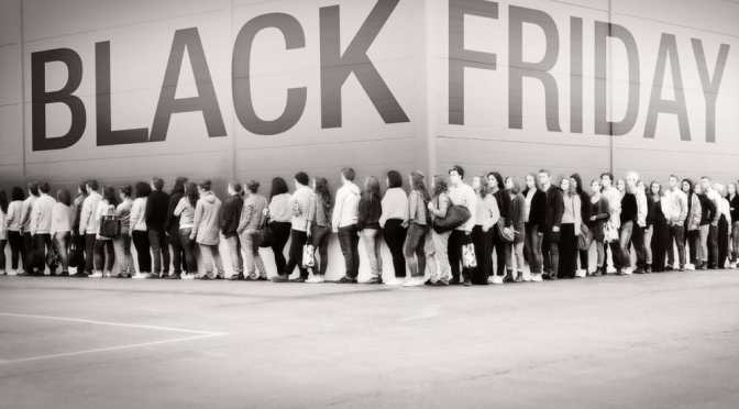 "DON'T SHOP AT WALMART ON THANKSGIVING OR ""BLACK FRIDAY""!"