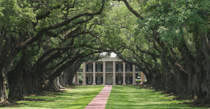 The awkward questions about slavery from tourists in US South
