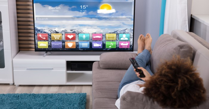 FBI Issues Warning to Everyone Who Bought New Smart TVs This Year