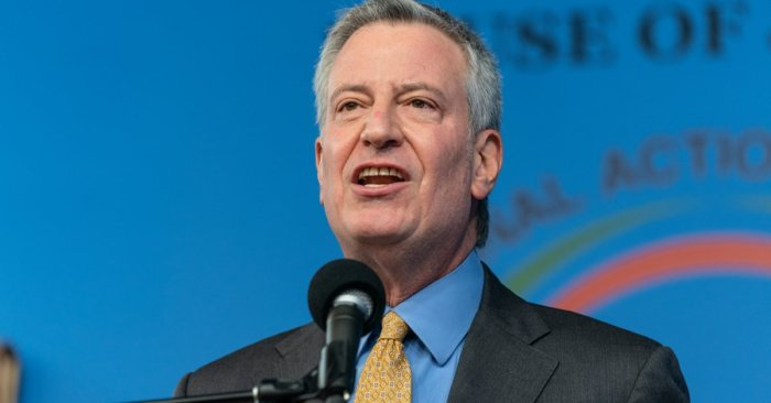 Mayor de Blasio Calls for Federal Government to Grant Freedom to Manufacture Vaccine Across America