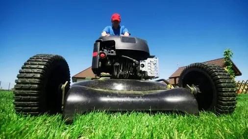 Lawnmowing Etiquette
