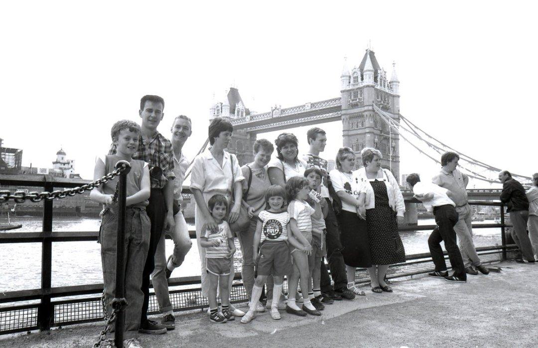 Dulais miners visiting London 1985.jpg
