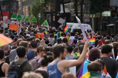 marriage_equality_crowds_march