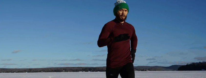 Middle distance runner training in winter