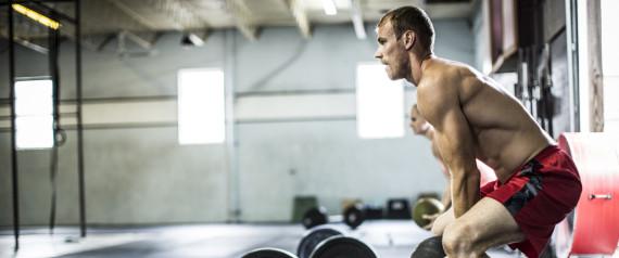 man crossfit training