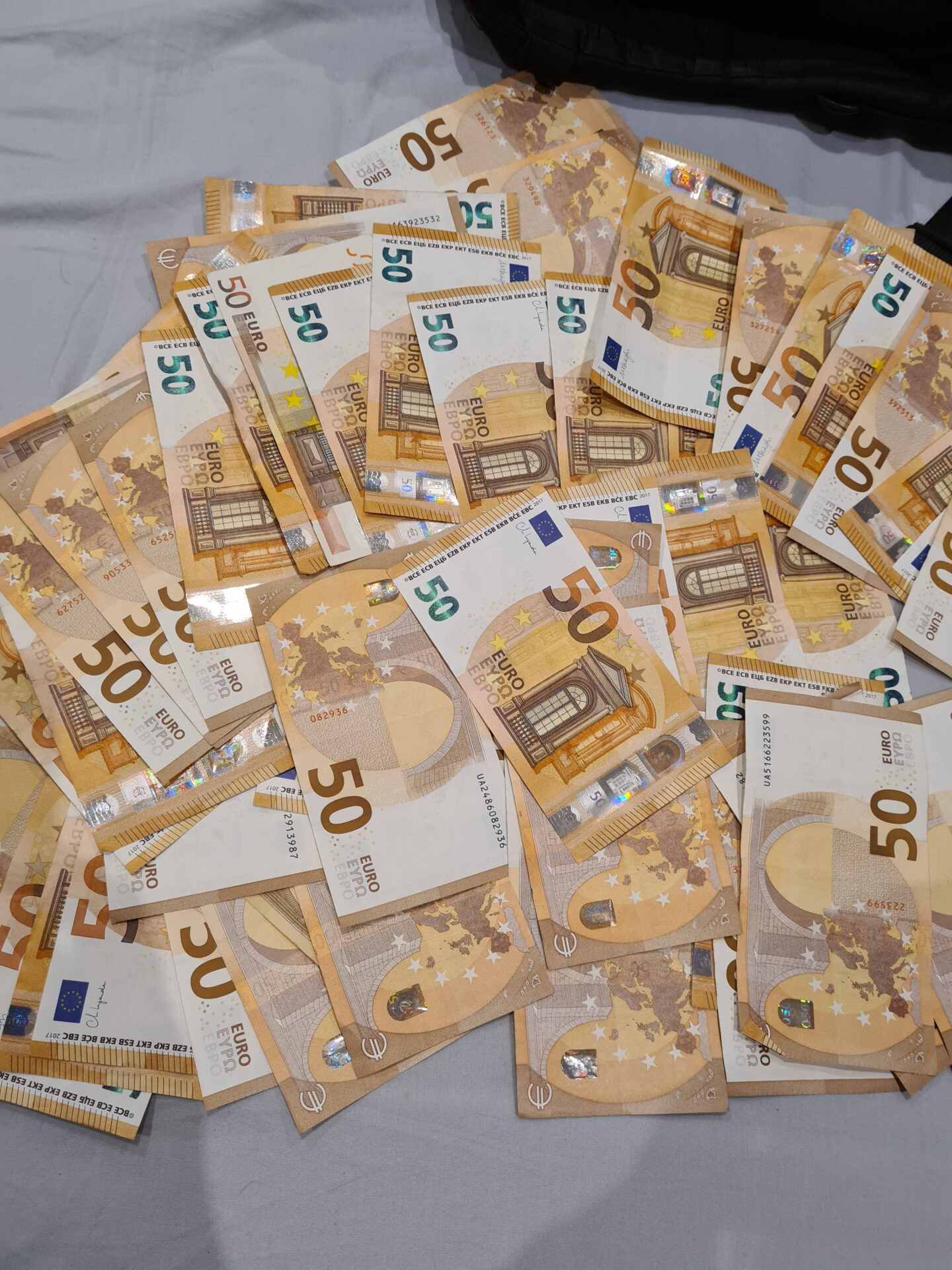 1000 btc giveaway)