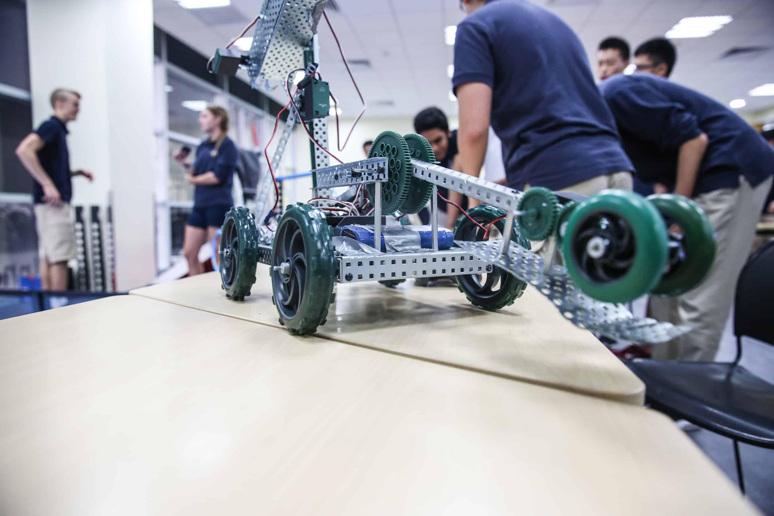 tech_robots-0096
