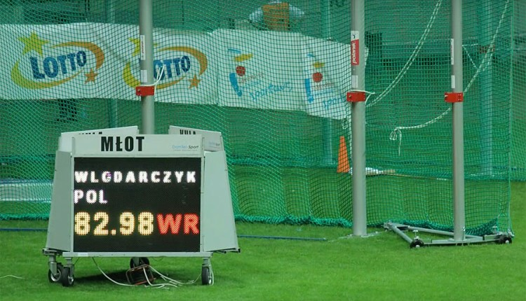 IAAF has ratified Wlodarczyk's hammer world record
