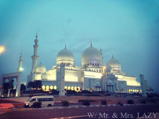 モスク裏側