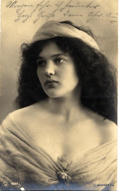 Fashion in 1900. Art Nouveau costume. German pretty girl in Belle Époque fashion
