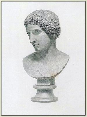 Amazon warrior. Ancient Greek. Female soldier. Sculpture.