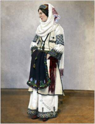 Traditional Albanian costume. Albania folk dress. Amedeo Preziosi