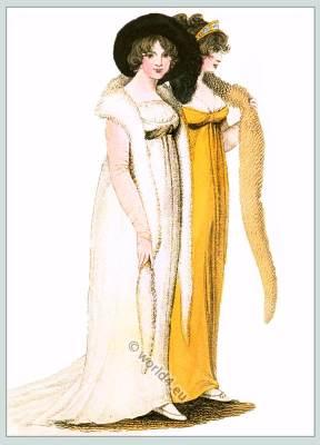 Regency fashion. Cornette à barbe d'un côté. Capote en velours et satin blanc.