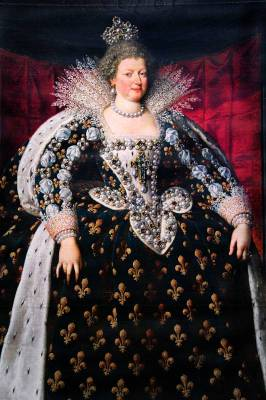 Marie de Medici — The distended dresses of her time.