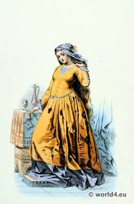 Renaissance fashion. Courtisane costumes. 15th century fashion.