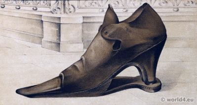 Renaissance Shoes 16th century fashion. Vintage High Heels. Boho style.