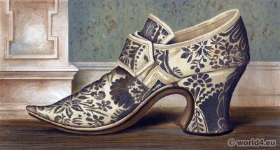 16th century tudor high heel shoe style. Boho style.