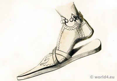 14th Century poulaine shoe of German Emperor Frederick III. Medieval Pointed Shoes fashion.
