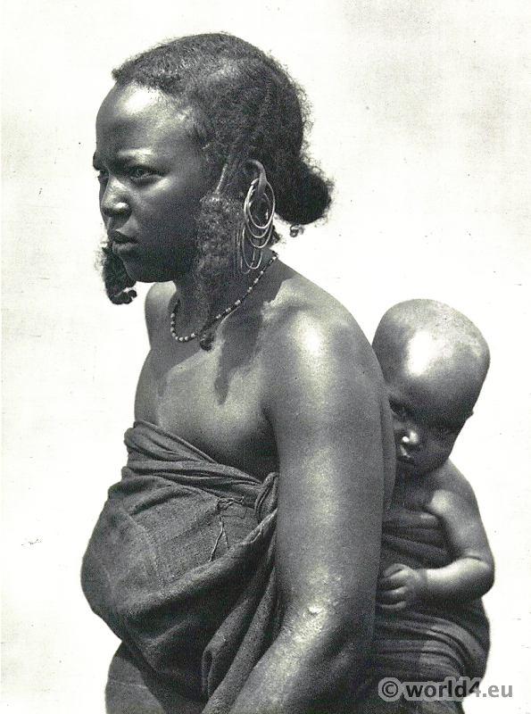 African hair styles. Wodaabe Bororo tribe.