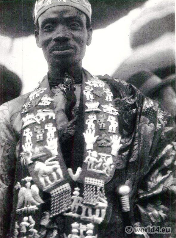 Chief in ceremonial dress, Gold Coast, Ghana    World4