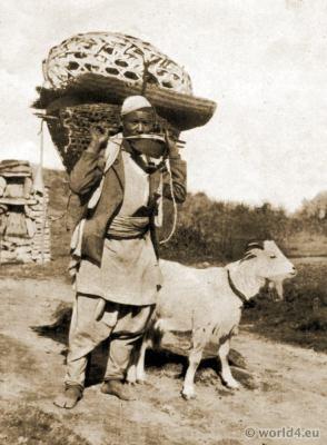 Traditional Gurkha costume. Tibet India clothing