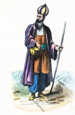 Persian dervish clothing.  Tariqa darvīsh درویش, Muslim ascetic costume.