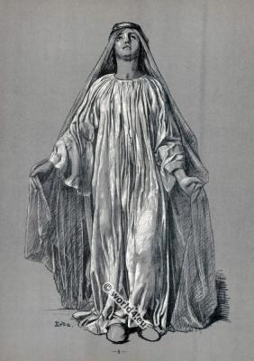 Erda. Opera Costumes. The Ring Cycle. Ring des Nibelungen. Richard Wagner.