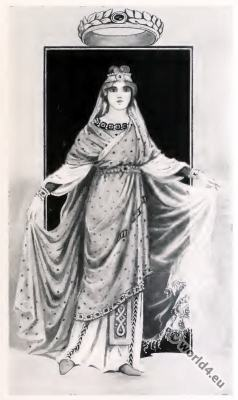 Byzantine Costume History. Costume of noble lady