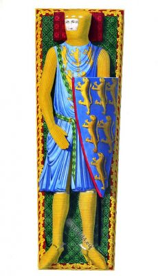 Effigy, William Longespée, 1st Earl of Salisbury, Knight, 13th century, costume, dress, armour, middle ages, crusader