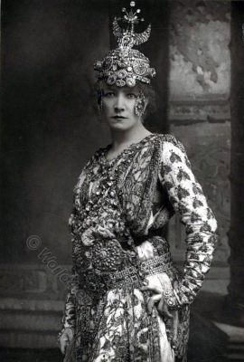 Sarah Bernhardt, French actress,Portrait, Théodora, Victorian fashion