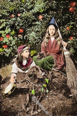 Wee Wanderers, witches, England, William Gordon Stables, daughters, wanderes