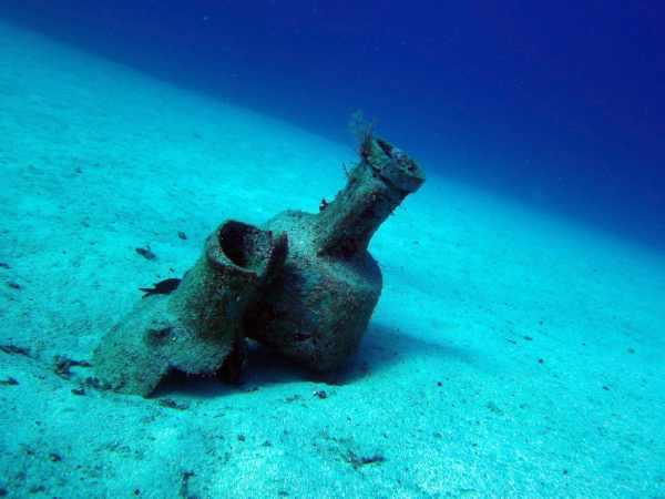 Kas diving - amphorae