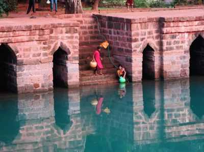 pool of ancient mosque ponda goa