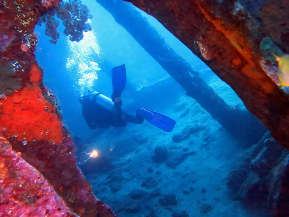 wreck diving in Tulamben - fun things to do in Bali