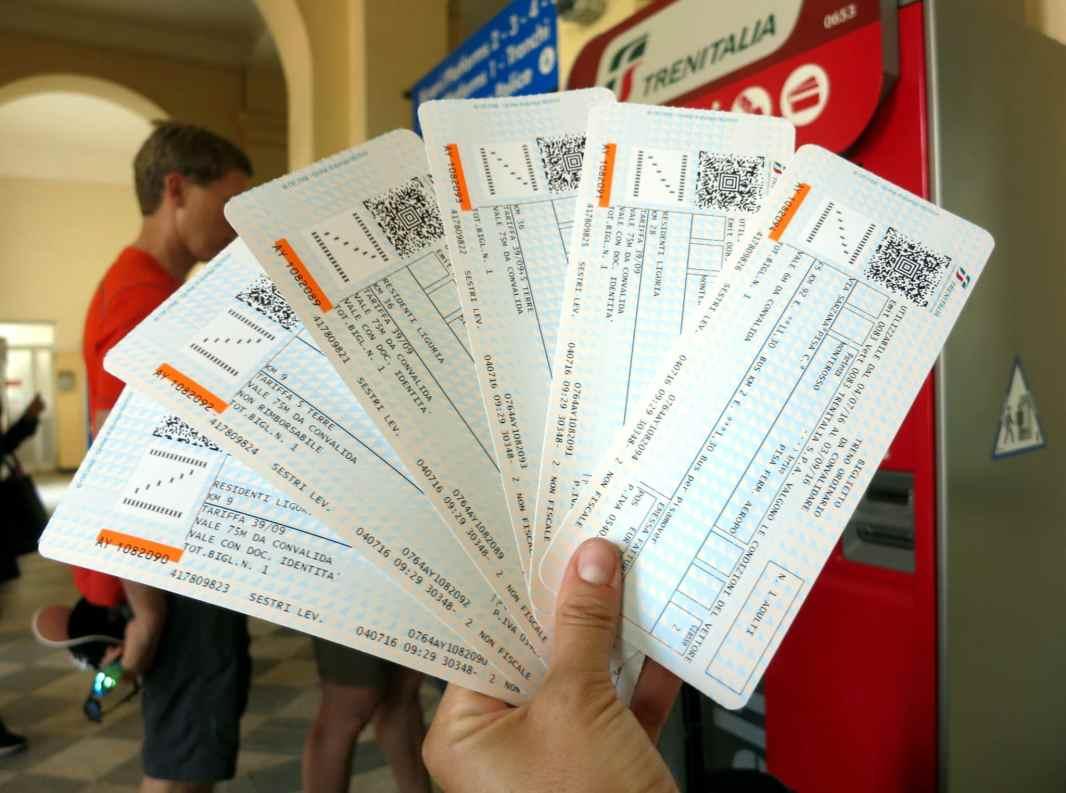train tickets to Cinque Terre Italy