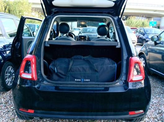 scuba diving bag - My Italian car for the weekend in Capodacqua