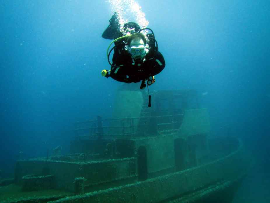 wreckdiving training in Malta