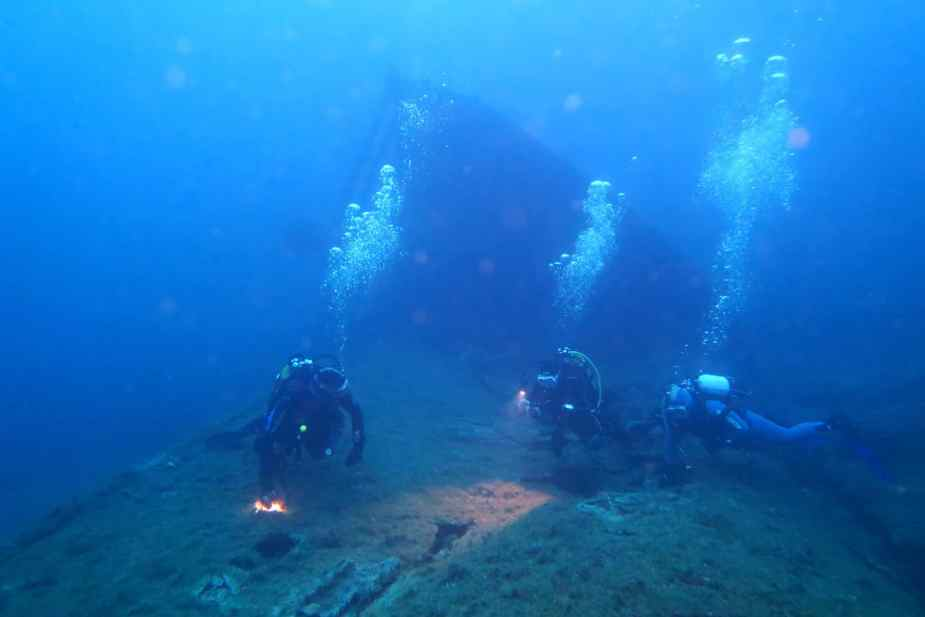 Wreck diving in Le Lavandou France