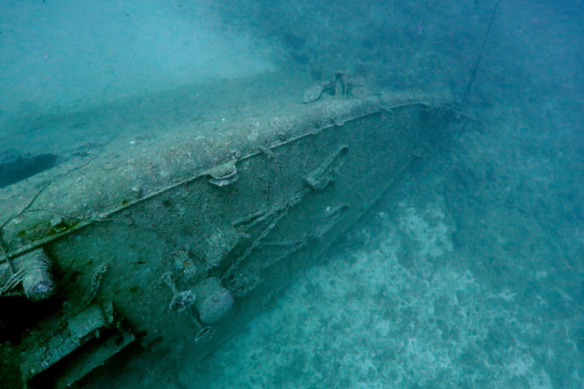 wreck diving USS Emmons Kouri Island Okinawa Japan