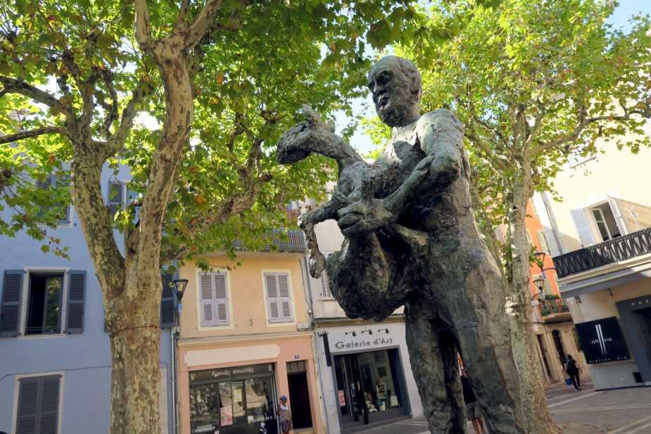 Picasso Statue Vallauris French Riviera
