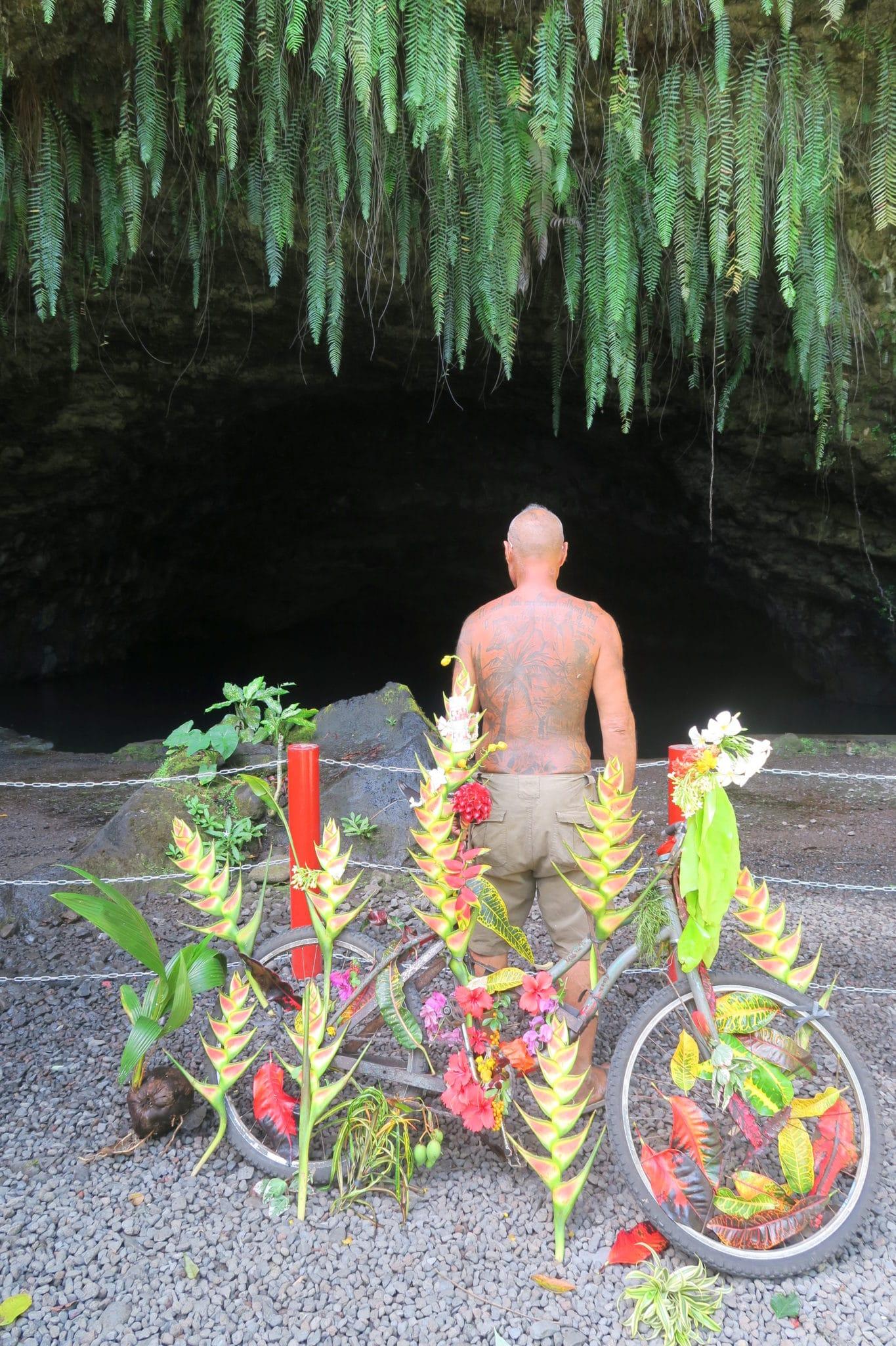 Maraa Cave Tahiti
