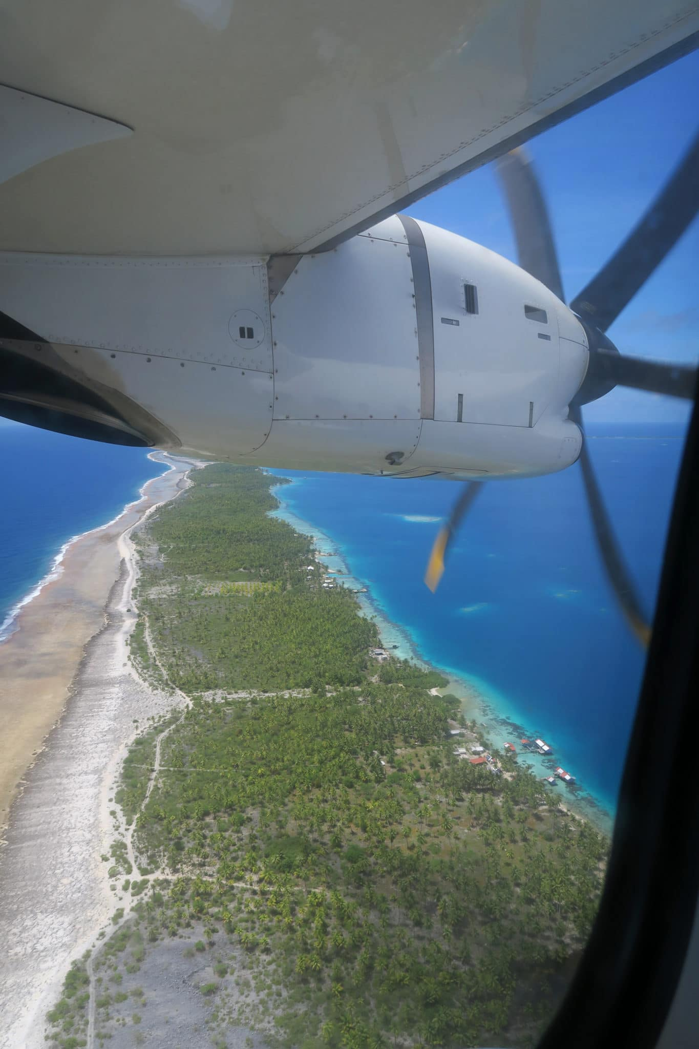 Tuamotu from the sky